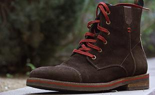 Zapatos impecables con cada limpieza.
